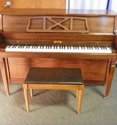Harrison Piano | England Piano