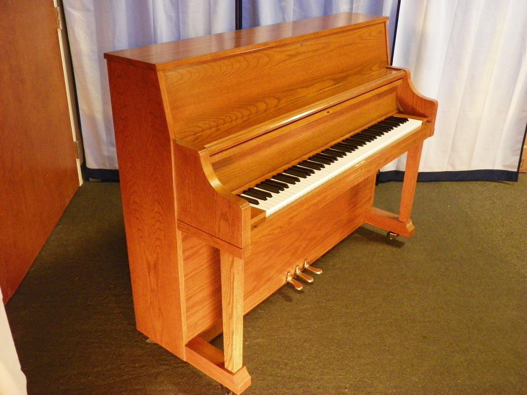 Kawai piano england piano for Yamaha upright piano lock key