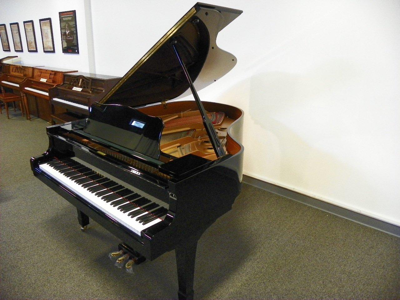 Yamaha piano england piano for Yamaha c3 piano dimensions