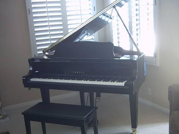 Yamaha piano england piano for Yamaha grand piano sizes