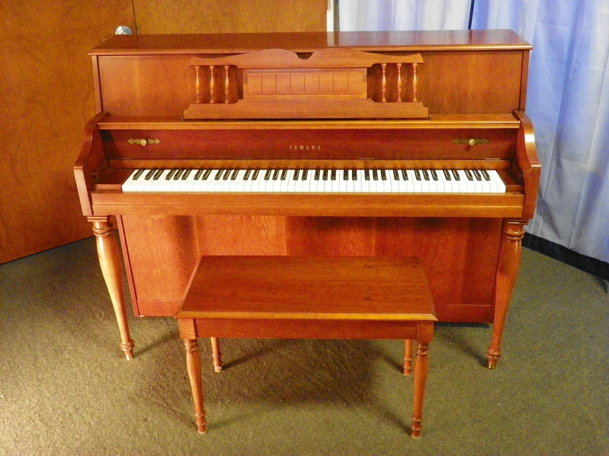 Yamaha M Upright Piano