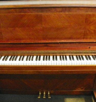 Jesse French Piano | England Piano